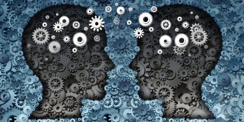Tecnica Del Rispecchiamento – Come Creare Sintonia Tra Le Persone